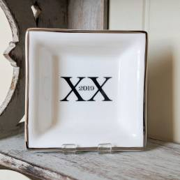 Rectangular dish with Roman numerals & date dish