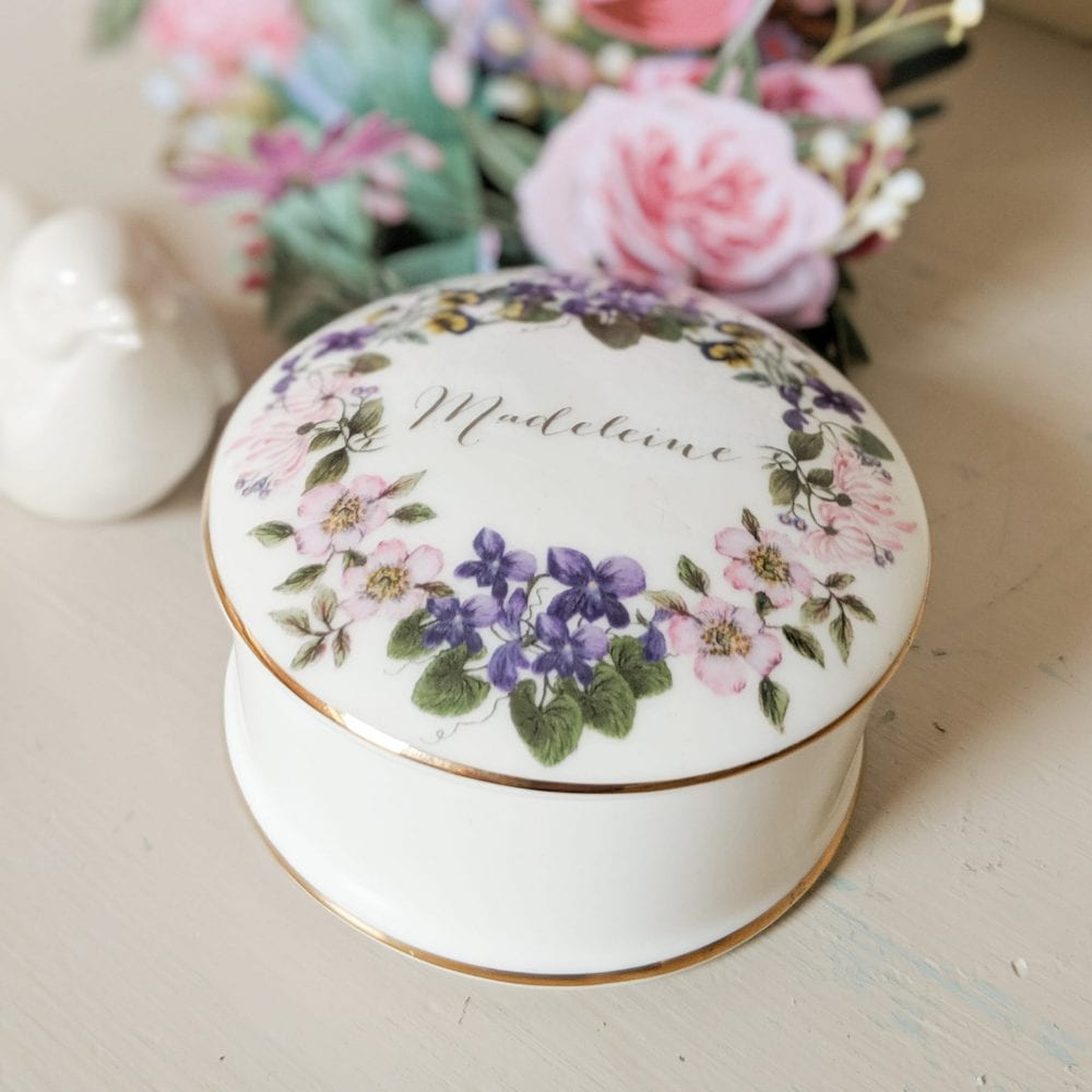 Floral trinket box with name